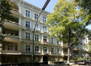 residential-and-commercial-building-in-berlin-chrarlottenburg