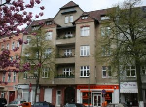 Residential and commercial building in Berlin-Schmargendorf